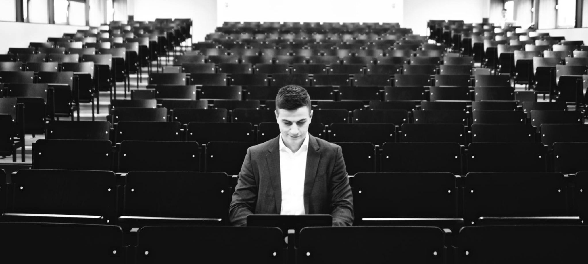 LXP - Lifexpe - Belgian Entrepreneur Fearless Belgian Student Shares His Entrepreneurial Journey