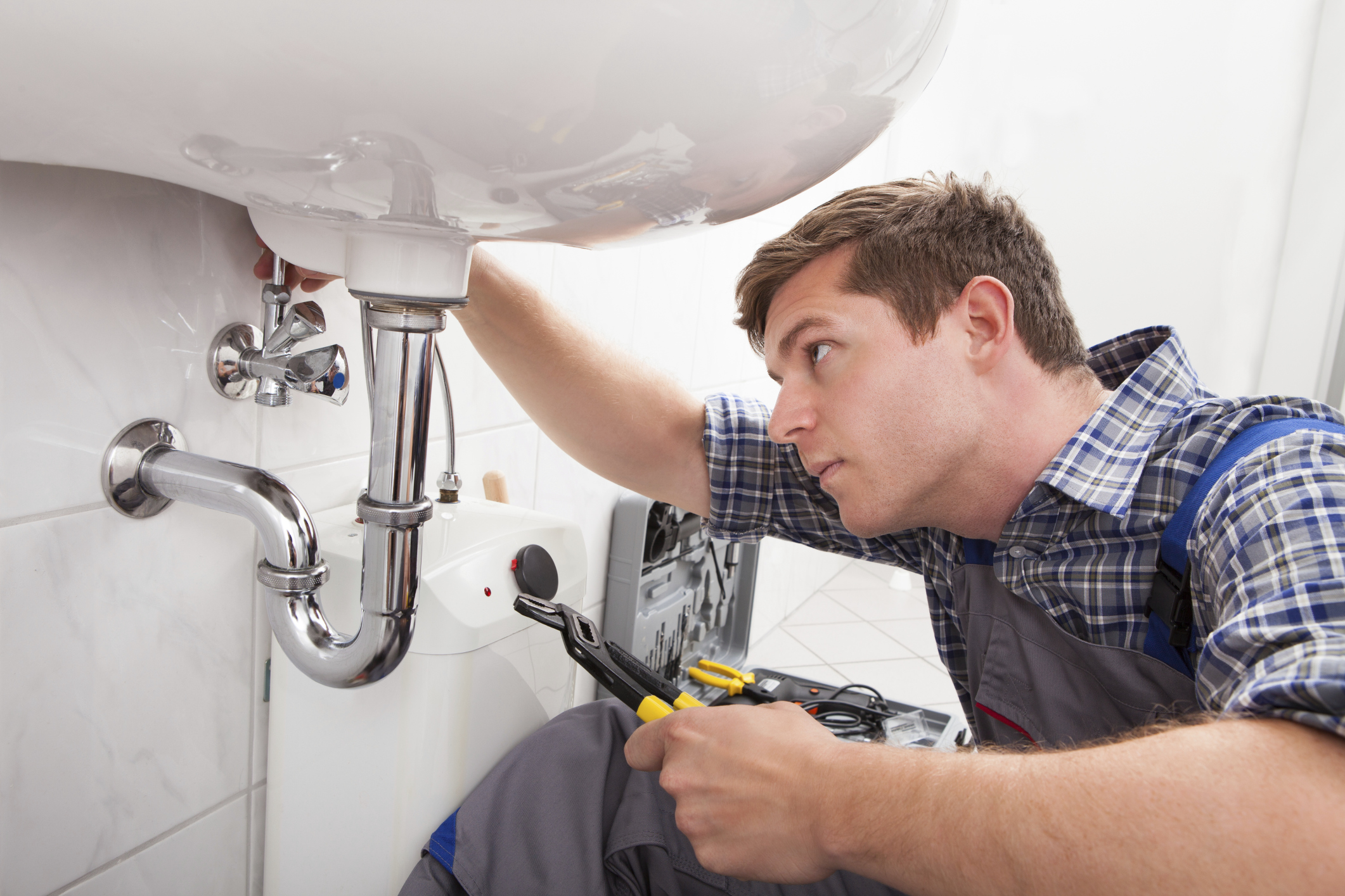 Contact the Companies Providing Fast Emergency Plumber Service
