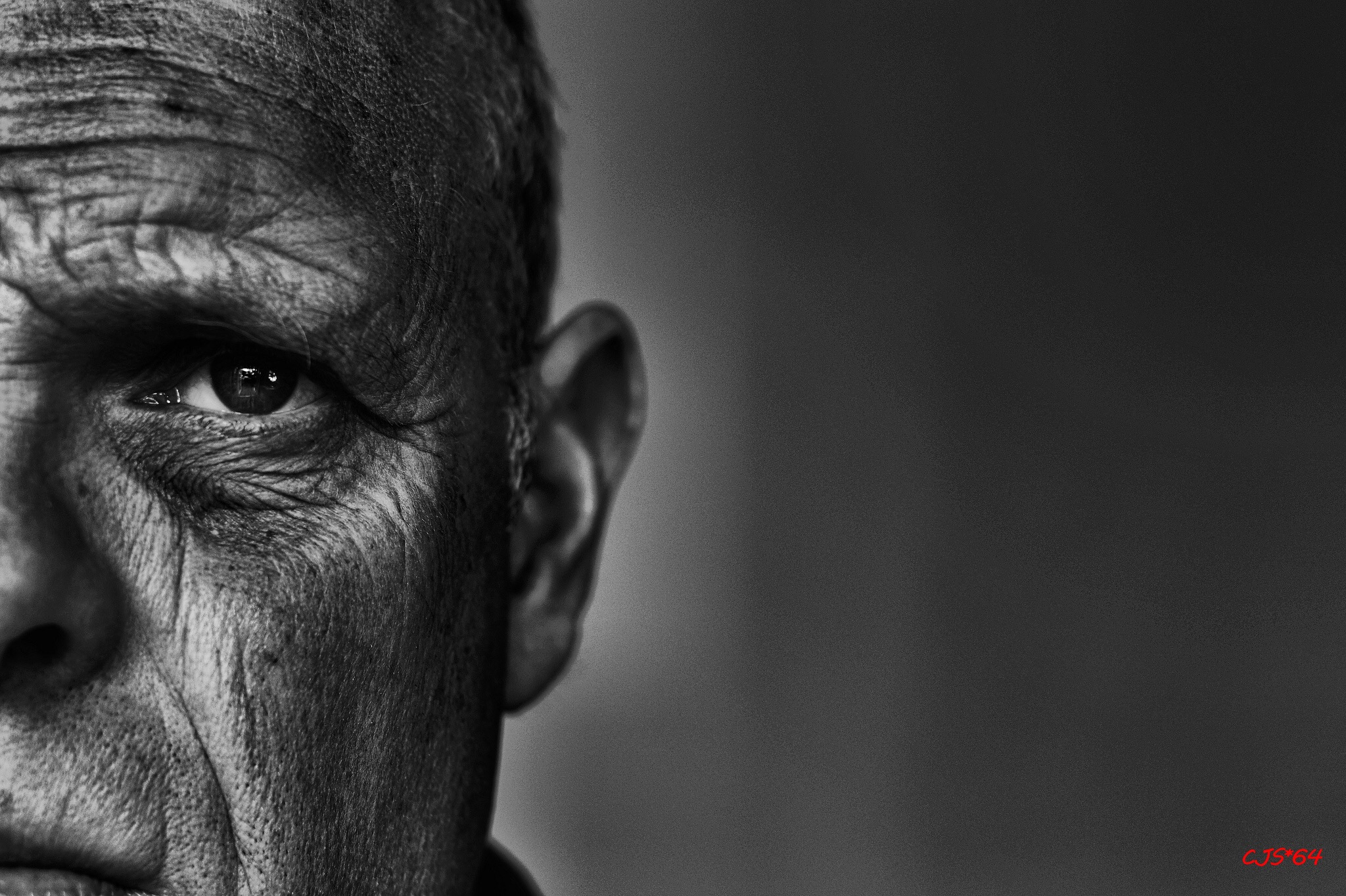 LXP - Lifexpe - old man eye faceYour Experience could boost other people growth