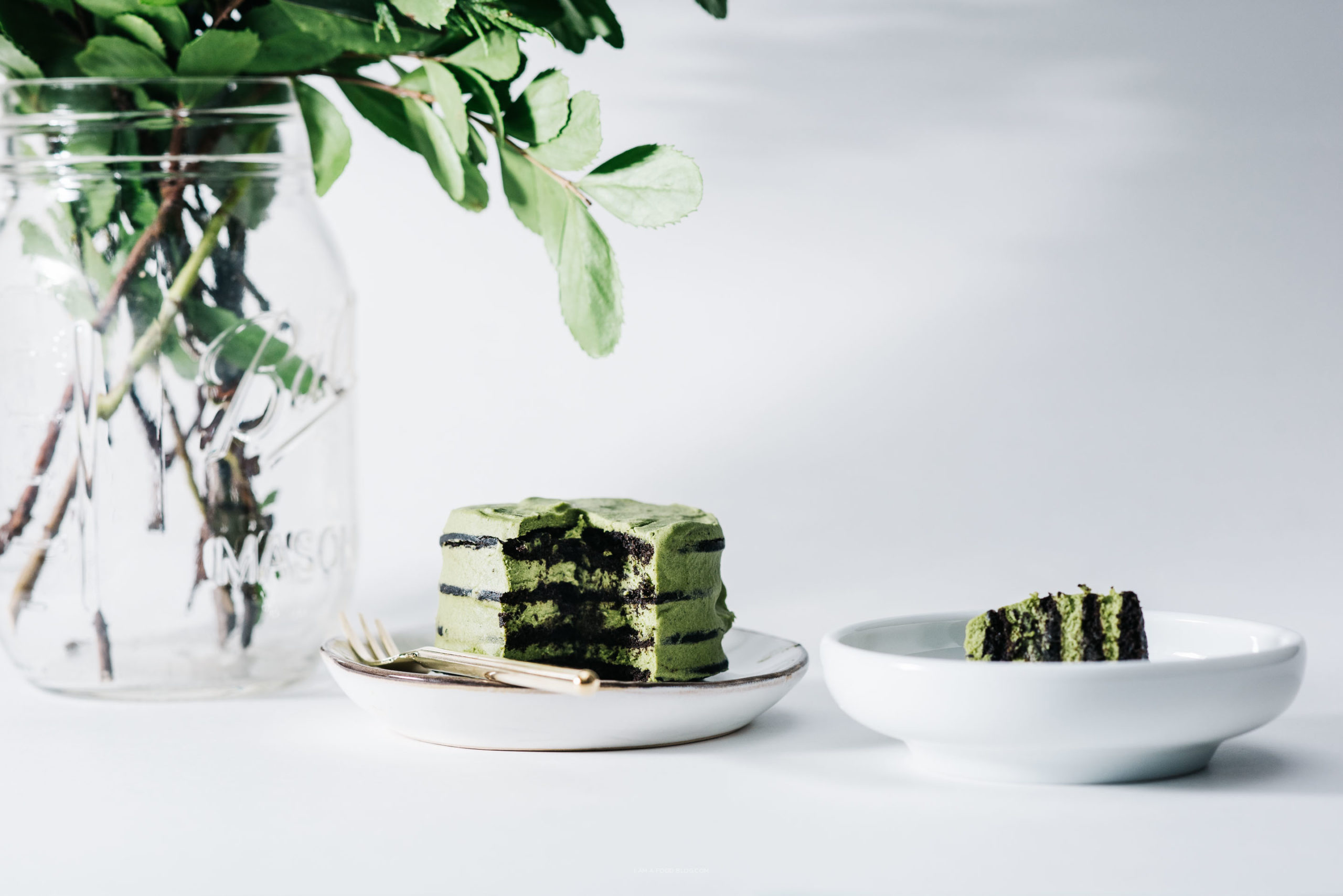 LXP - Lifexpe - How To Make A Delicious Plant-based Chocolate Matcha Cake